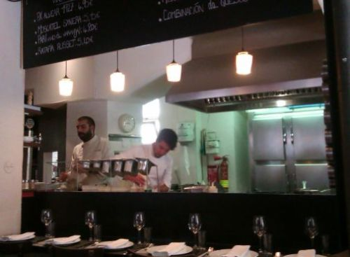 Somorrostro restaurant open kitchen, Barcelona food blog, Claire Gledhill